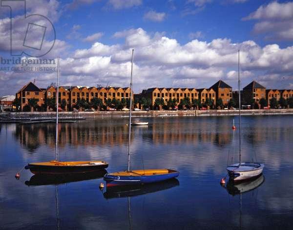 London docklands (photo)