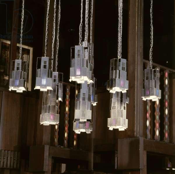 Glasgow School of Art, Library light fittings (photo)