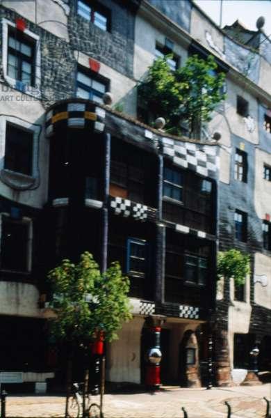 Porch of the Hundertwasser House (photo)