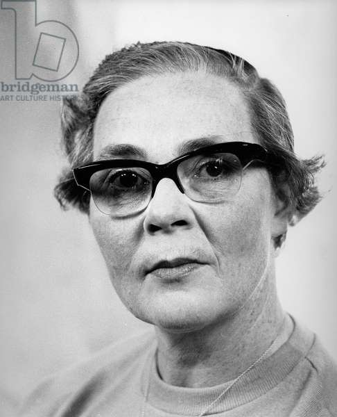 Edith Pargeter, 1964 (photo)