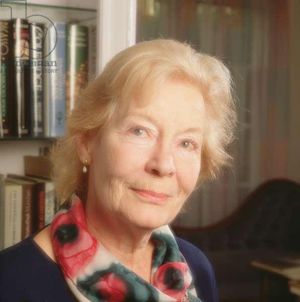 Nina Bawden, 1994 (photo)