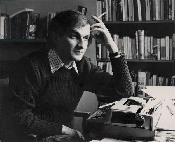 Salman Rushdie, 1981 (b/w photo)