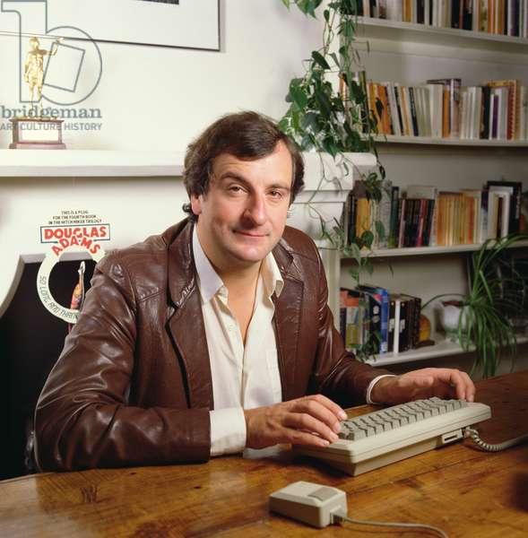 Douglas Adams, 1984 (photo)