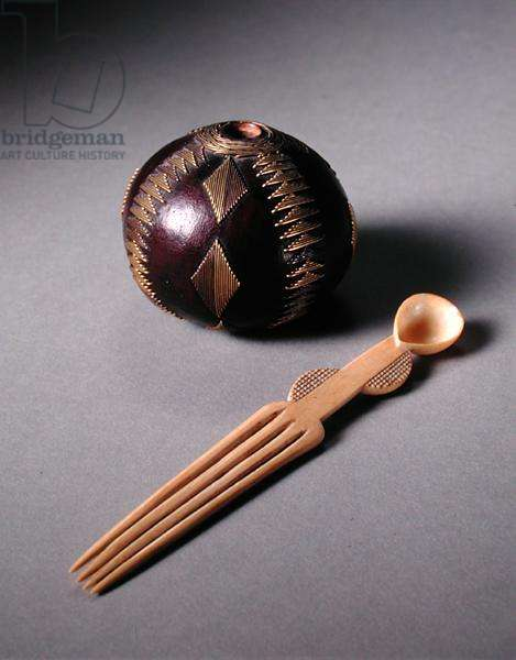 Snuff bottle (gourd and brass wire) and snuff spoon (ivory), both c.1900
