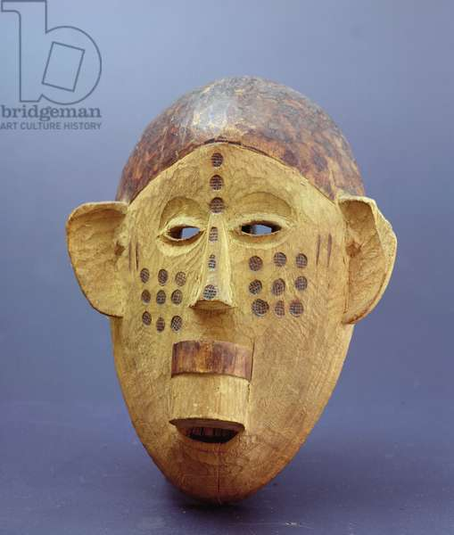 Mask of an African woman, Makonde, Northern Mozambique, Southern Tanzania, early 20th century (wood)