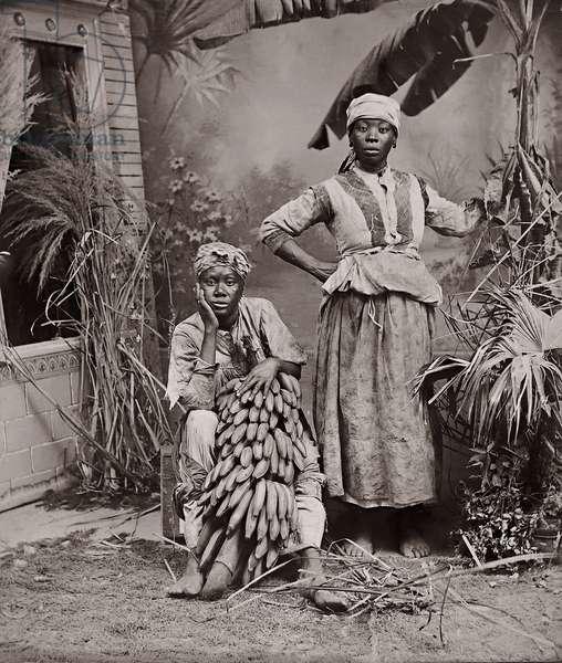 Women, Jamaica (albumen print)
