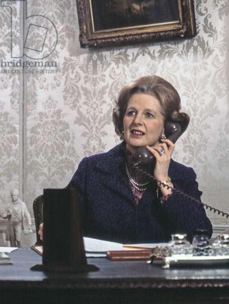 Margaret Thatcher telephoning Malcolm Fraser, PM of Australia, 10 Downing Street, London, UK, 1979 (photo)
