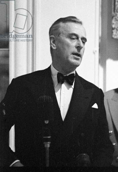 Lord Mountbatten, Savoy Hotel, London, UK, 1956 (b/w photo)
