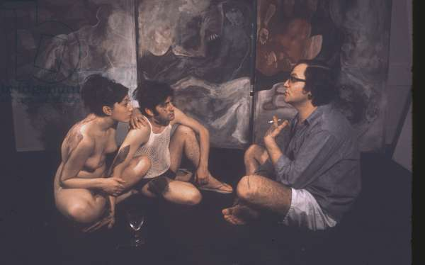 Moira and Vittorio discussing bodypainting technique with artist Ulrico Montefiore, Montefiore Studio, London, UK, 1968 (photo)