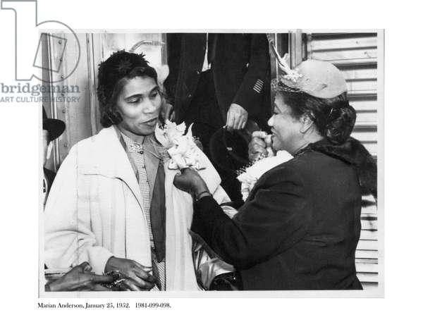 Marian Anderson, 25 January 1952 (b/w photo)
