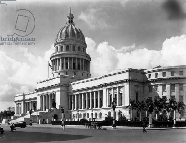 Capitol Building, Havana, c.1925 (b/w photo)