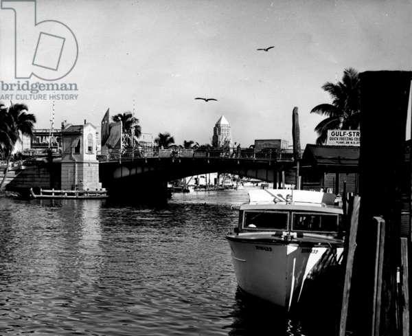 Fifth Street Bridge over the Miami River, February 28, 1954 (b/w photo)
