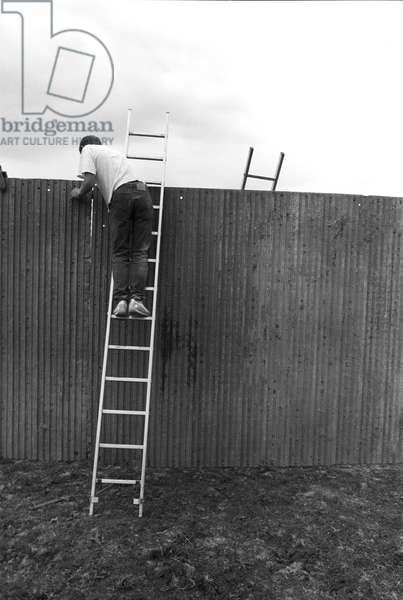Glastonbury 89 Fence Build, 1989 (b/w photo)