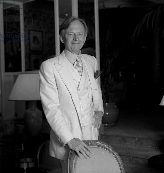 Tom Wolfe (b/w photo)
