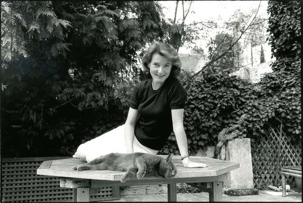 Eve of Castro and her cat (b/w photo)