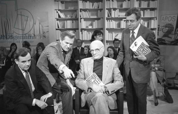 Philippe Labro, Arthur Miller and François Perier, 1988 (b/w photo)