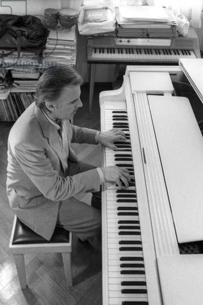 Milan, 1982. Italian jazz pianist and composer Giorgio Gaslini/Milano, 1982. Il pianista e composer jazz Giorgio Gaslini -