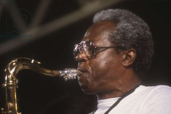 American jazz tenor saxophonist and flautis Charlie Rouse (about 1985)/Il sassofonista e flautista jazz Charlie Rouse (1985 circa) -