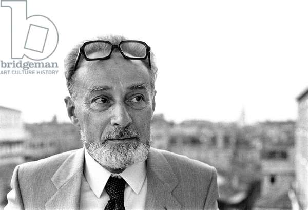 Portrait of the Italian writer Primo Levi in 1980.