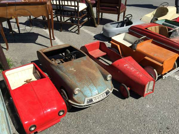 Vintage toy cars at the Antiques & Brocante Fair in L'Isle-sur-la-Sorgue, Provence, France