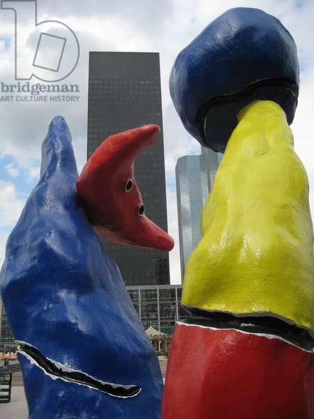 Paris, Esplanade de la Defense. Personnages by Joan Miro (1976) - 2008
