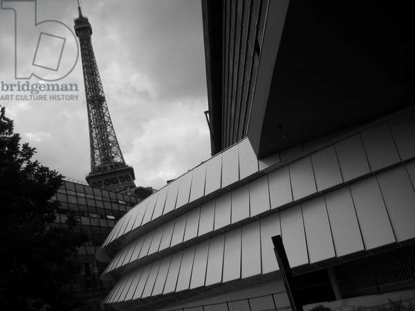 Eiffel Tower view from the museum of the quai Branly in Paris