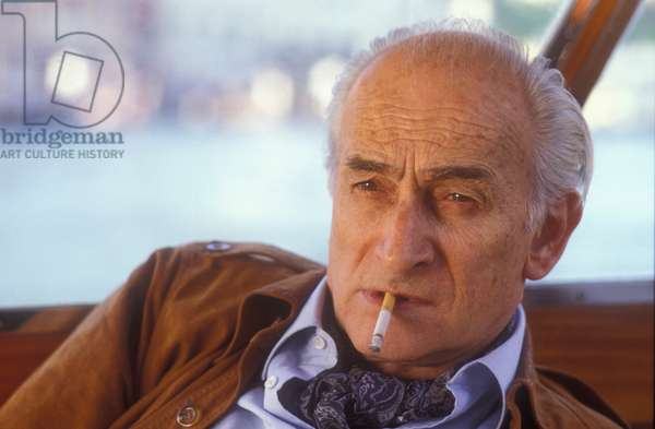 Venice, 1984. French painter Balthus on a speedboat to the Lido to attend the Venice Film Festival as a jury member (photo)