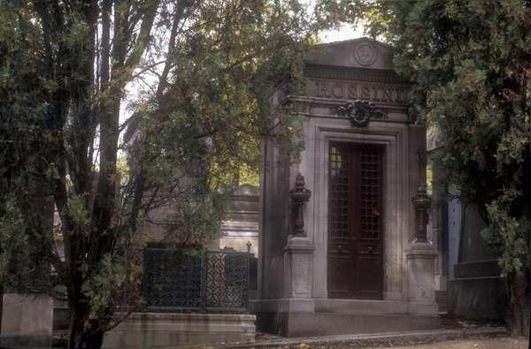 First tomb of composer Gioacchino Rossini at Pere Lachaise Cemetery in Paris/Paris, Cimitero Pere Lachaise, prima tomba by composer Gioacchino Rossini -
