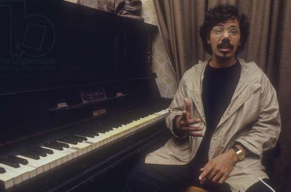 American jazz-fusion pianist, keyboardist, and composer Chick Corea (about 1980)/Chick Corea, pianista and compositore jazz-fusion (1980 circa) -