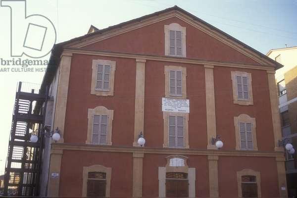 Rossini Theater at Lugo di Ravenna (Italy), where the family of composer Gioacchino Rossini moved in 1802/Il Teatro Rossini a Lugo di Ravenna, dove nel 1802 si trasfer la famiglia del compositore Gioacchino Rossini -