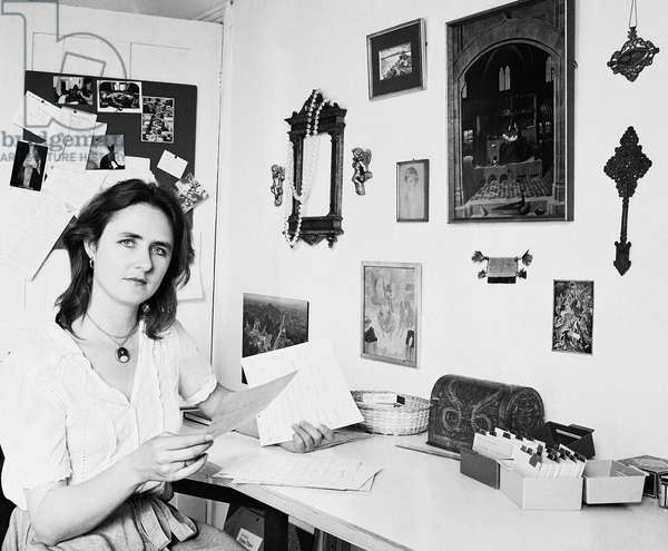 Artemis Cooper, with letter, 1983 (b/w photo)