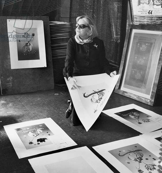 Fleur Cowles with drawings, 1975 (b/w photo)