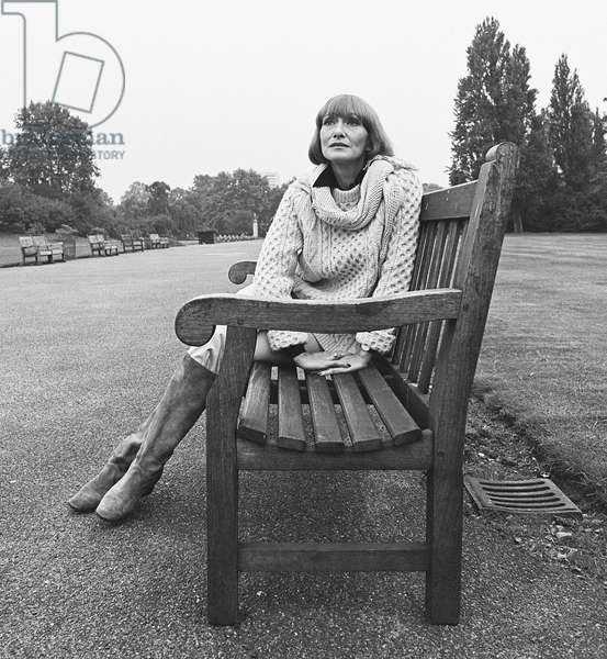 Siân Phillips on bench, 1977 (b/w photo)