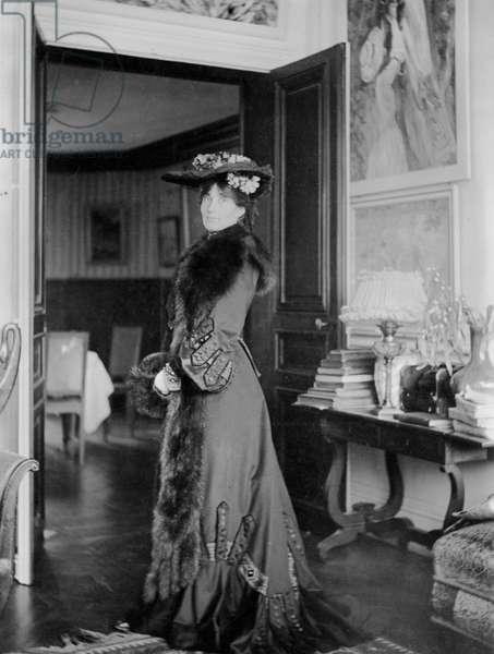 Portrait of Jeanne Pontillon (b/w photo)