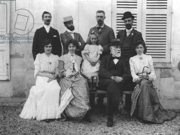 From left to right, back to front: Saint-Maurice, Lalo, Poujaud, Alexis Rouart (1869-1921), Julie Manet (1878-1966) wife of Ernest Rouart, Valentine Rouart, Madelaine Rouart, Edgar Degas (1834-1917), Loulou de Saint-Maurice, 1900 (b/w photo)
