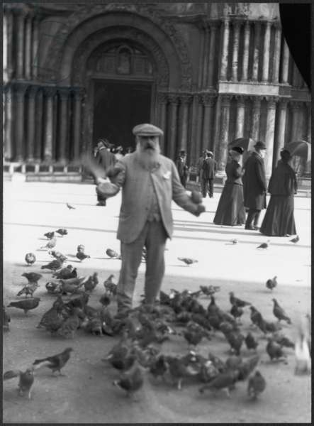 Claude Monet, St.Mark's Square, Venice, October 1908 (b/w photo)