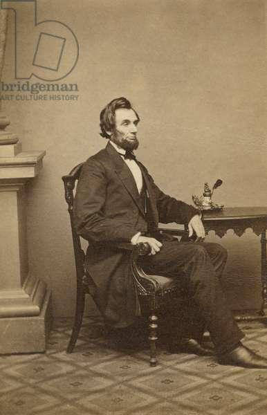 Abraham Lincoln carte-de-visite (b/w photo)