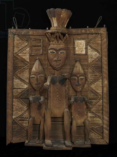 Funerary screen, late 19th century (wood, raffia & pigment)