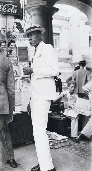 Citizen in Downtown Havana, Cuba, 1933 (gelatin silver print)