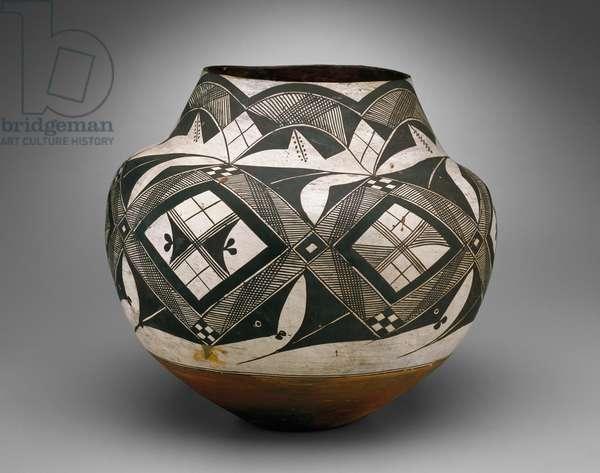 Olla, Haaku, Acoma Pueblo (ceramic)