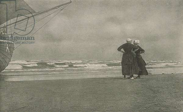 Gossip, Katwyk, 1894 (halftone print)