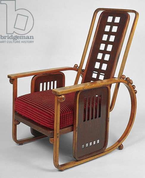 """Sitzmaschine"" reclining armchair, model no. 670, c. 1905 (beechwood, brass & fabric)"
