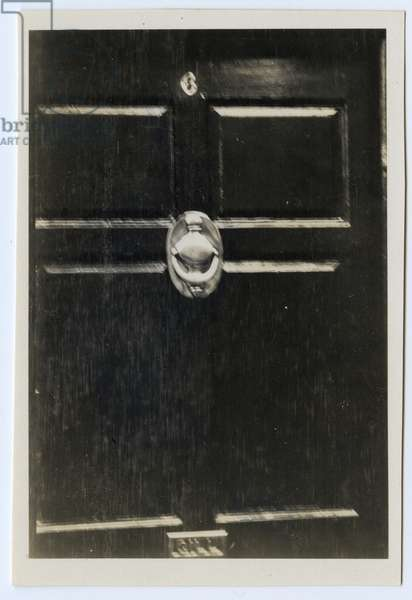 The superb antique knocker, Douglas, Isle of Man, 1932 (b/w photo)