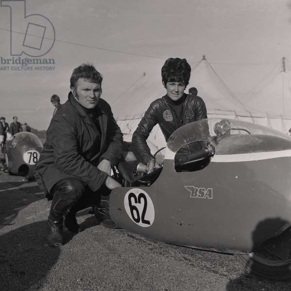 Norman Hanks and Rose Arnold, 750 cc TT sidecar (2nd place), June 1968 (b/w photo)