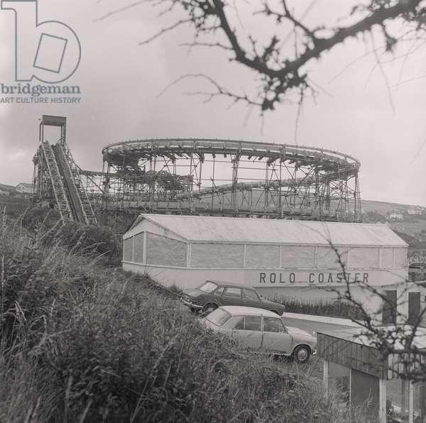 'Rolo Coaster' rollercoaster, Onchan Head, Isle of Man, August 1974 (b/w photo)