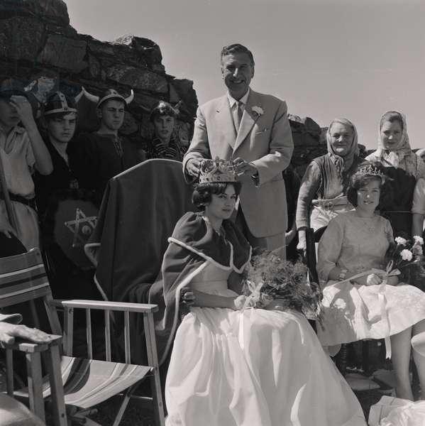 Herring Queen crowned, Peel Castle, July 1962 (b/w photo)