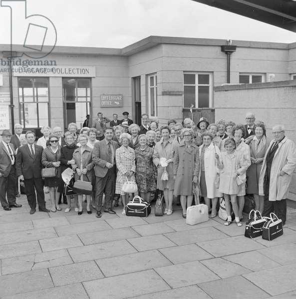 World Manx at Ronaldsway Airport, June 1970 (b/w photo)