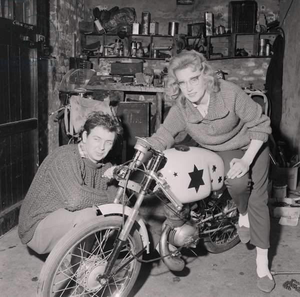 Beryl Swain, TT rider, June 1962 (b/w photo)