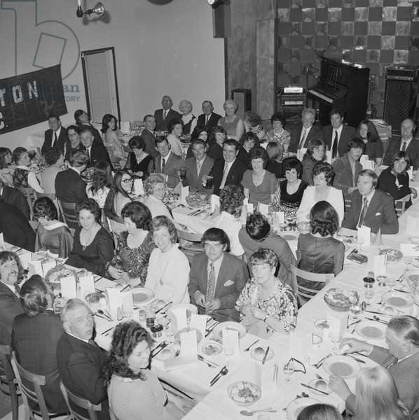 Everton football club dinner, June 1973 (b/w photo)