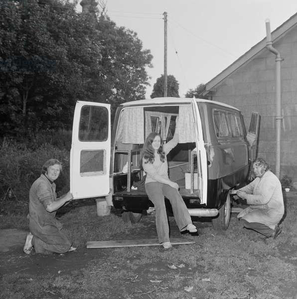 Homemade caravan, July 1973 (b/w photo)